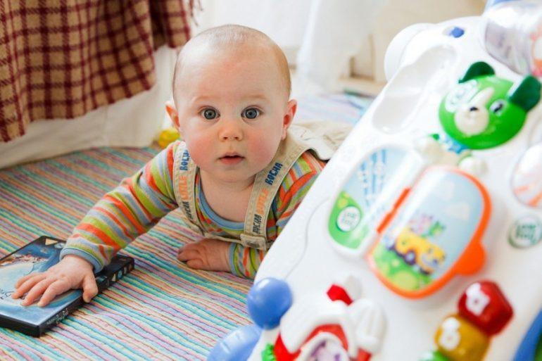 jouets bebes